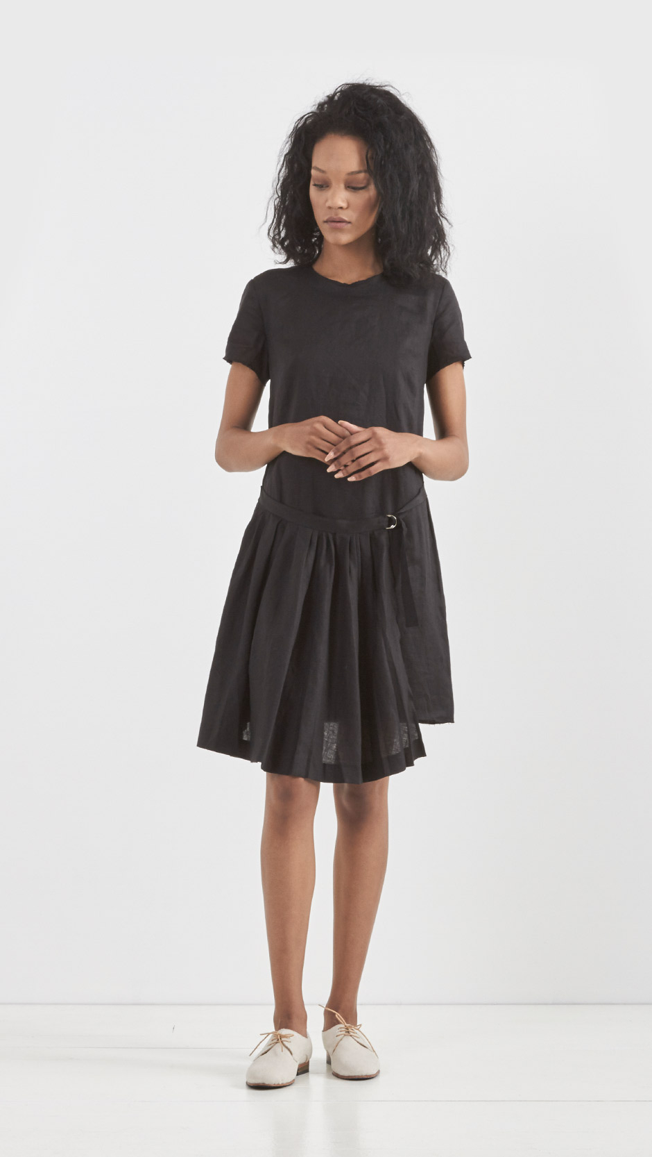 Lyst band of outsiders pleated wrap t shirt dress in black for Black pleated dress shirt