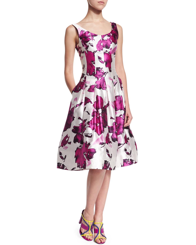 b5c580f5df49e Lyst - Oscar de la Renta Pleated Floral-print Silk Dress in Purple