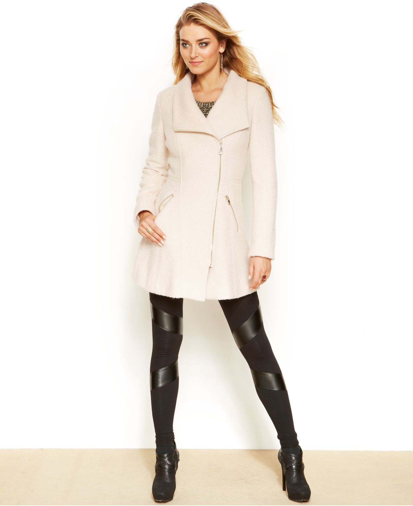 Guess Asymmetrical Zippered Wool Coat in White | Lyst