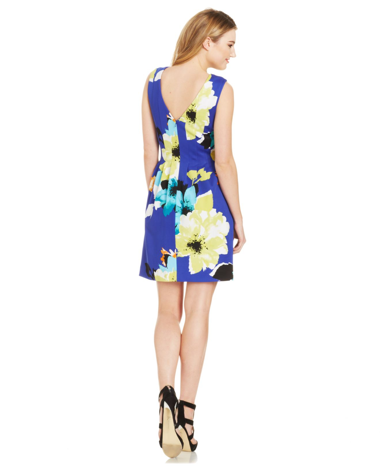 Lyst Vince Camuto Floral Print Pleated Scuba Dress In Blue