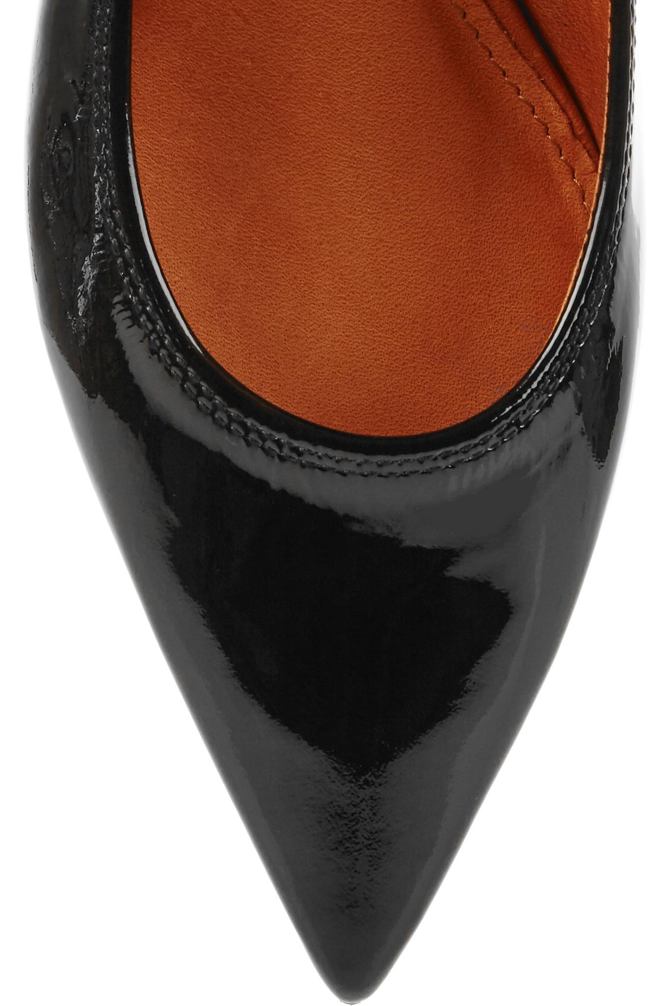 3634deb3e710 Lyst - Lanvin Patent-leather Point-toe Flats in Black