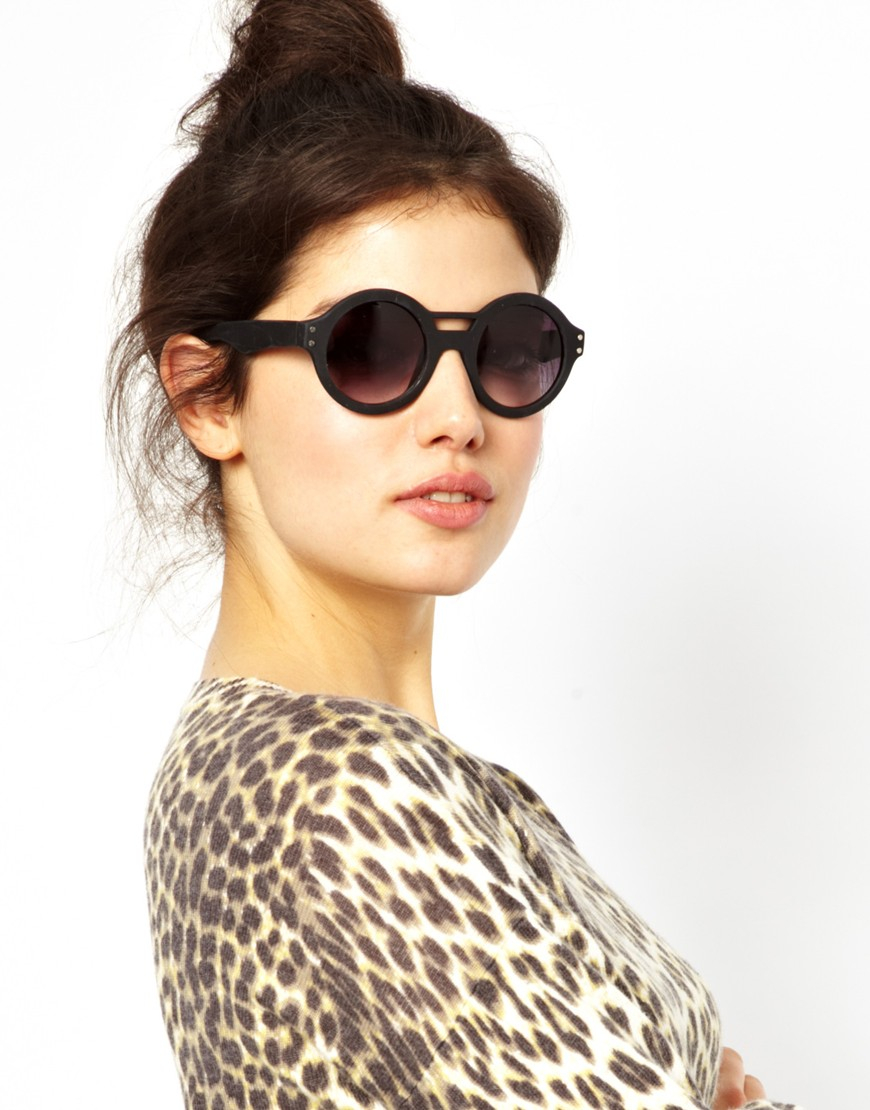 a723eac8be Quay Oversized Black Round Frame Sunglasses in Black - Lyst