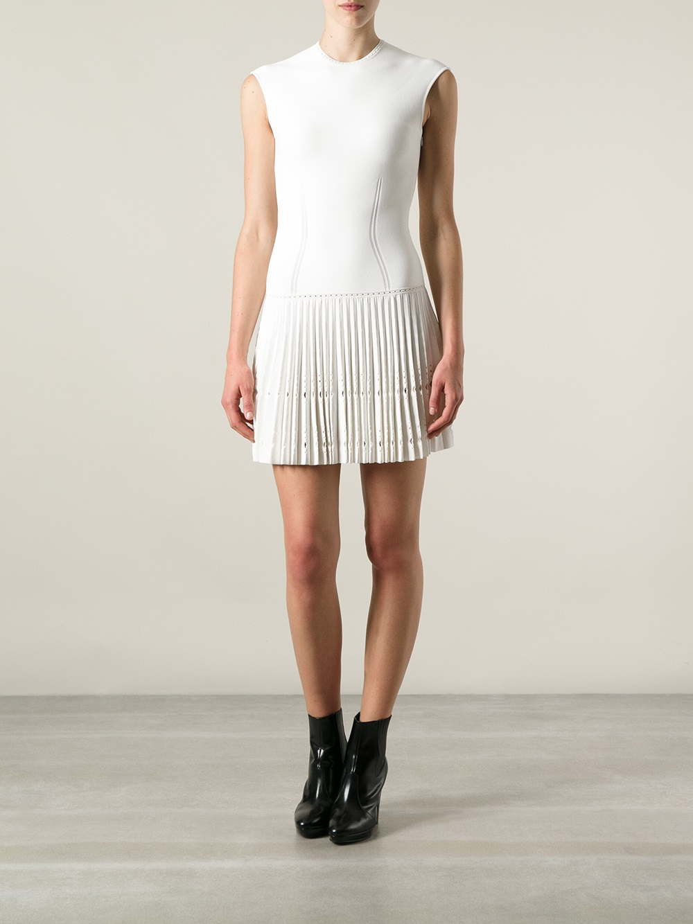 Alexander mcqueen Pleated Hem Dress in White | Lyst