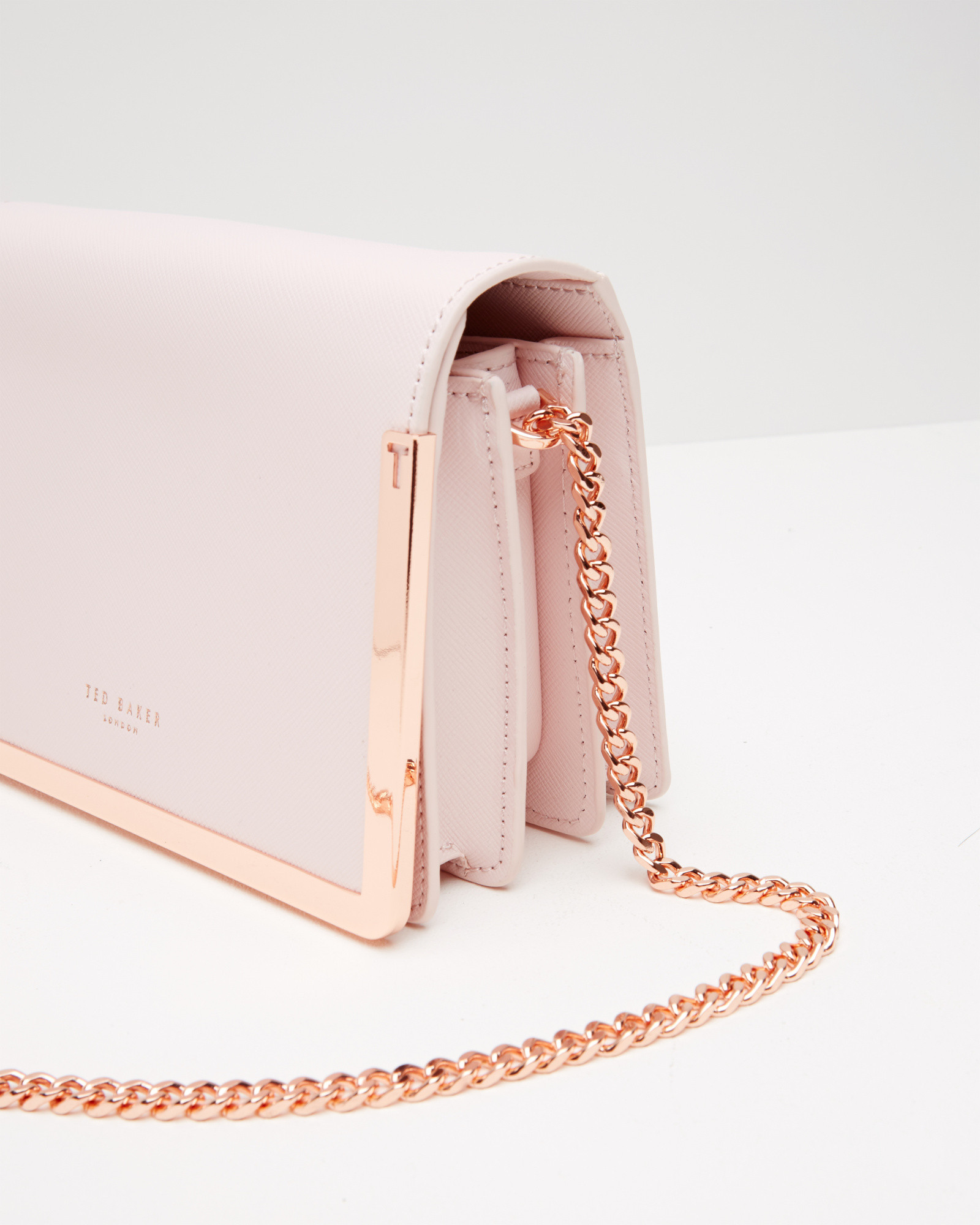 0848b5e03ab Ted Baker Crosshatch Leather Cross Body Bag in Pink - Lyst