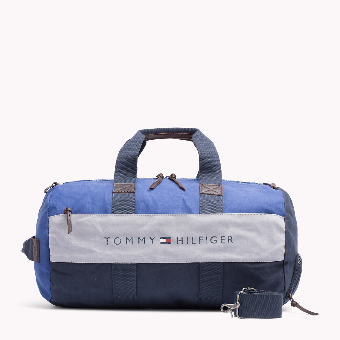 Tommy Hilfiger Small Duffle Bag Size   ReGreen Springfield 34c909366b