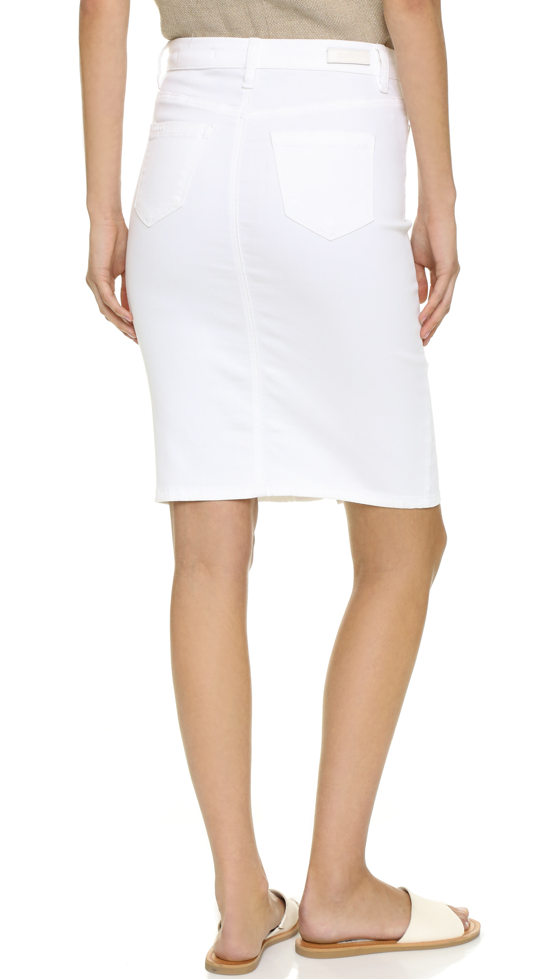 Shop our Collection of Women's Skirts at lolapalka.cf for the Latest Designer Brands & Styles. FREE SHIPPING AVAILABLE!