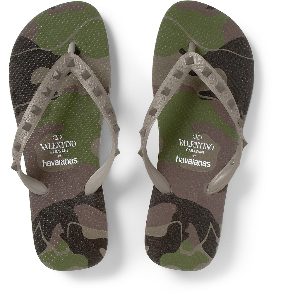 lyst valentino havaianas studded rubber flip flops in green for men. Black Bedroom Furniture Sets. Home Design Ideas