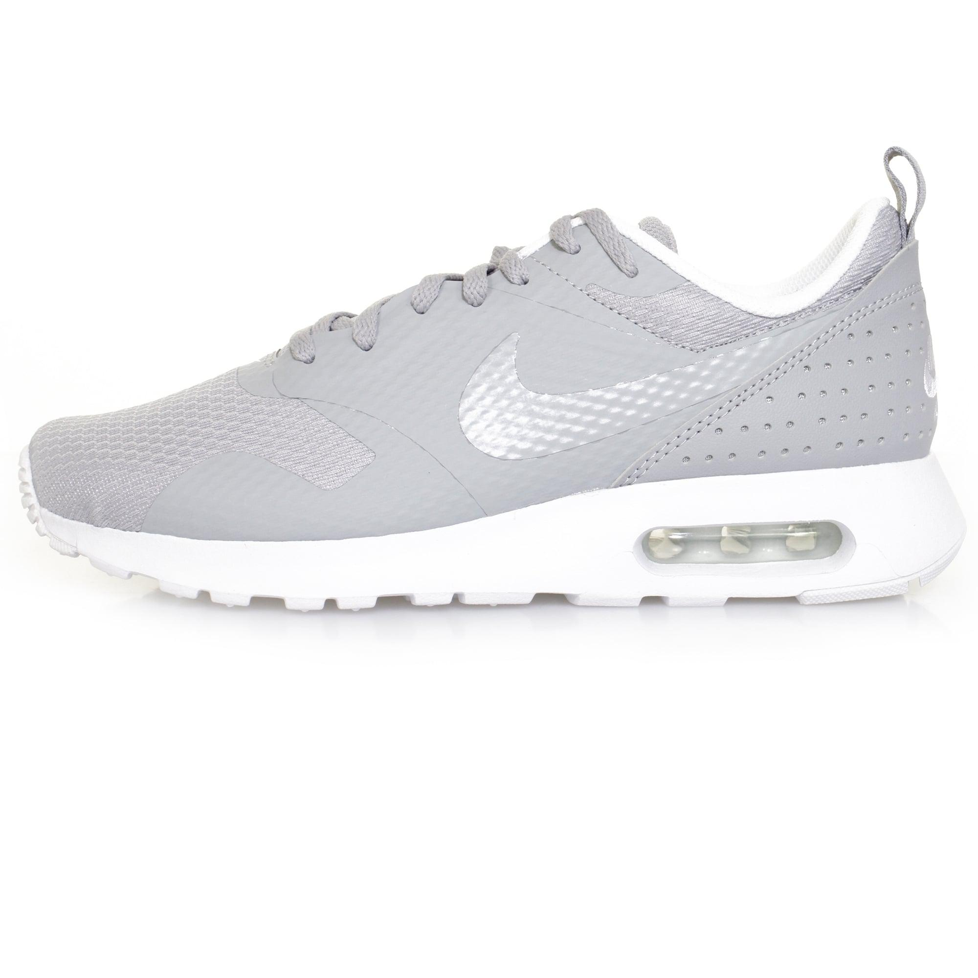 pretty nice 844c1 c9aed Nike Air Max Tavas Wolf Grey Shoe in Gray for Men - Lyst