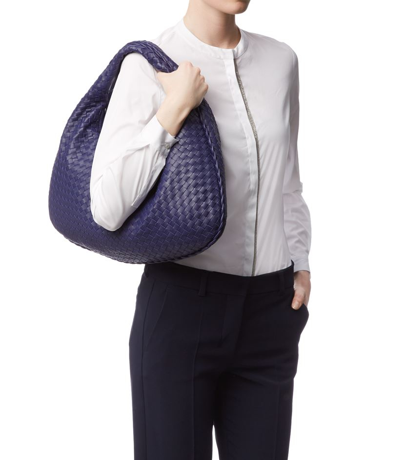 Bottega Veneta Medium Intrecciato Veneta Hobo Bag in Blue - Lyst 15b28e218dcb2