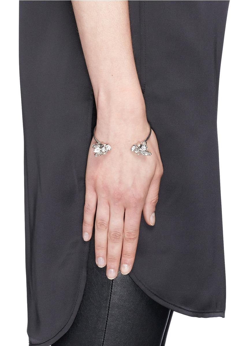 Alexander McQueen skeleton cuff bracelet - Metallic pXaxLMuXRg
