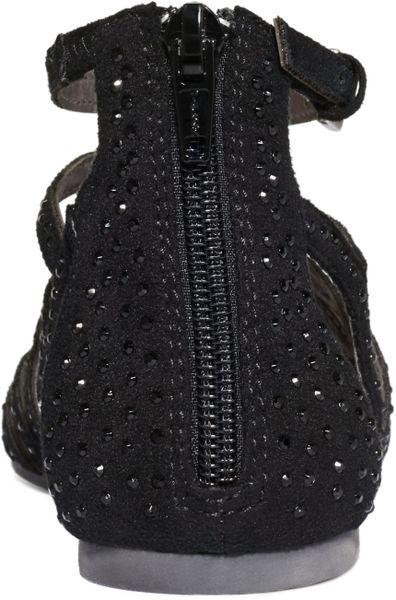 Material Girl Aries Gladiator Flat Sandals In Black Lyst