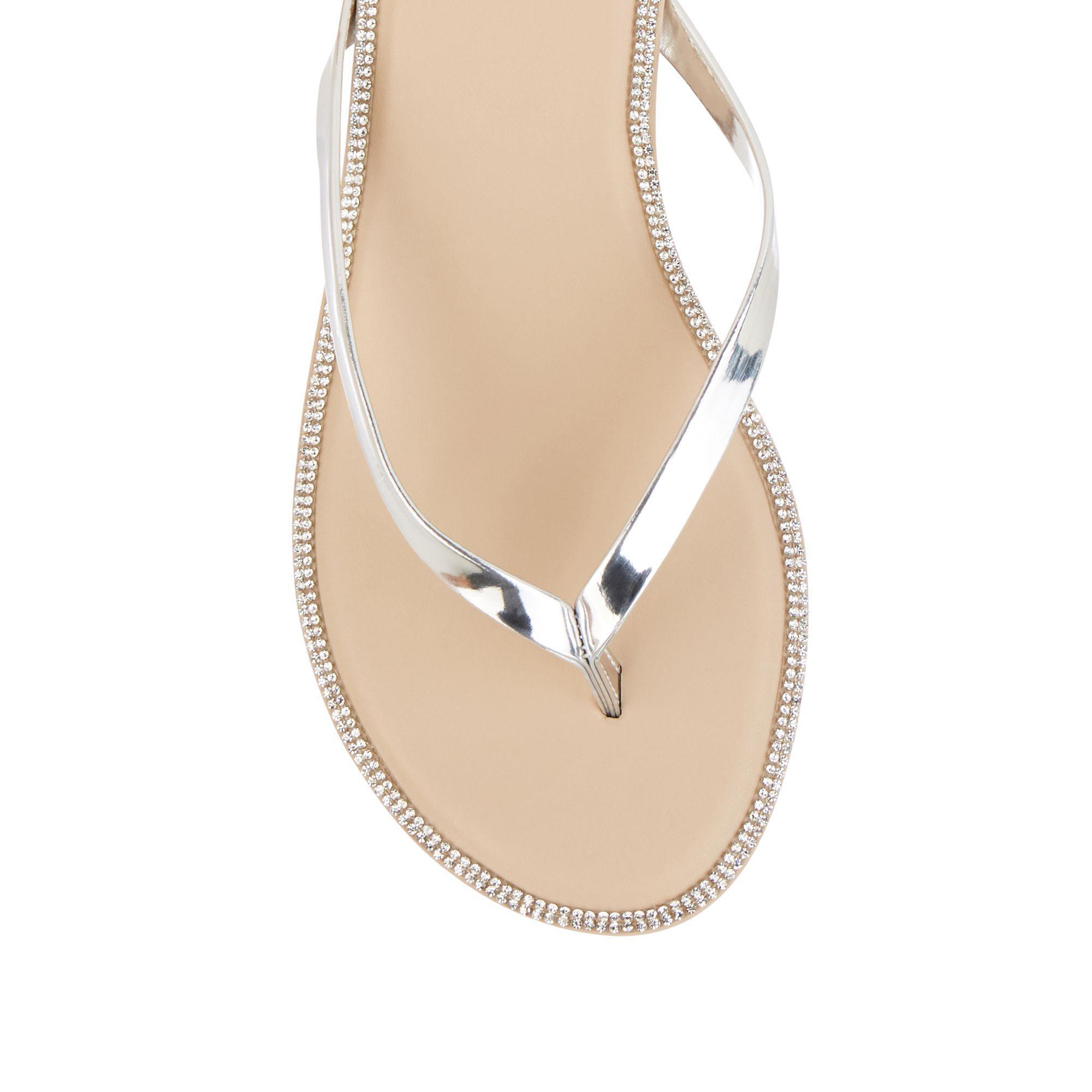 4dda3ce2096b Oasis Silver 'coco' Diamante Flip Flops in Metallic - Lyst