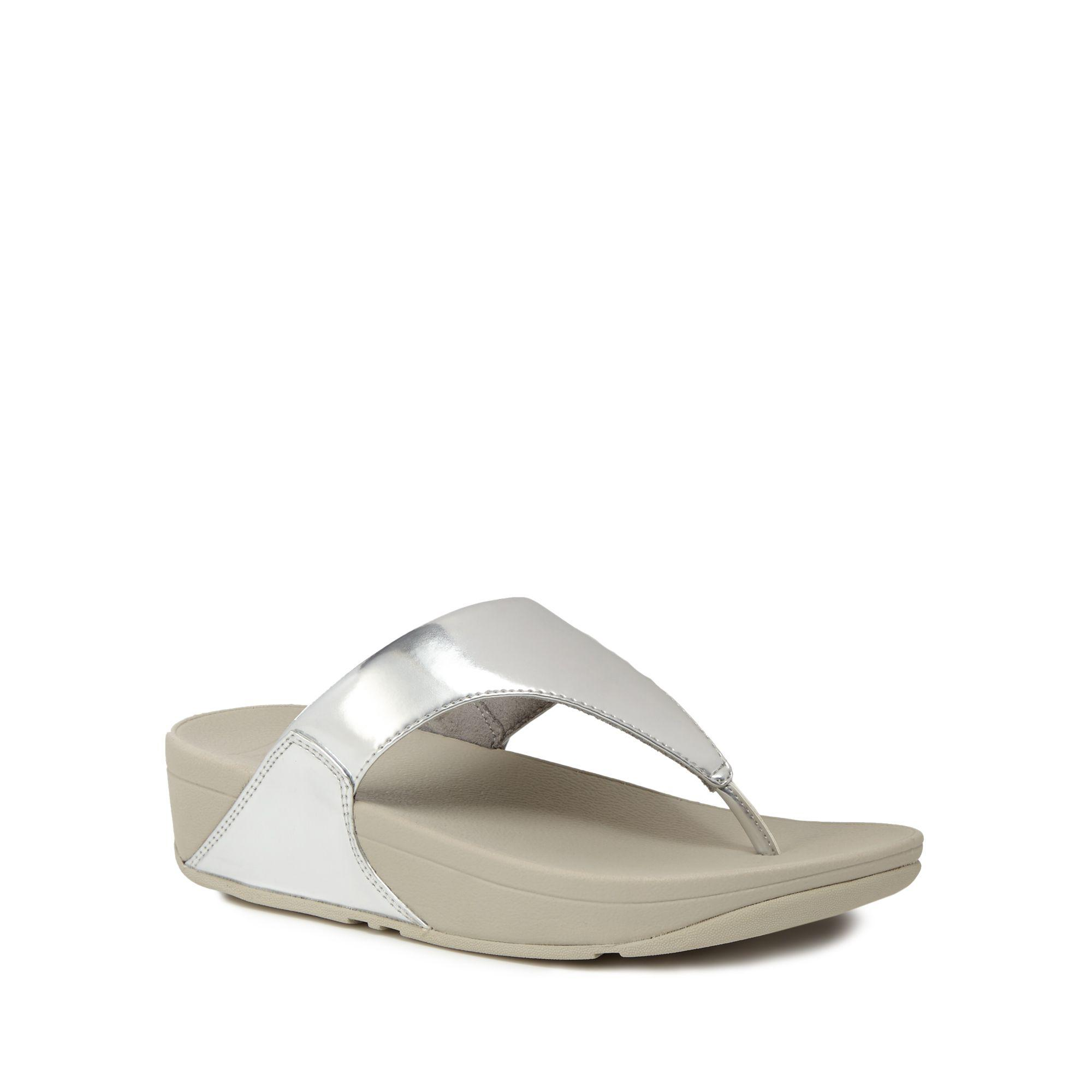 d3f77963746 Fitflop Silver  lulu  Mid Flatform Heel Flip Flops in Metallic - Lyst
