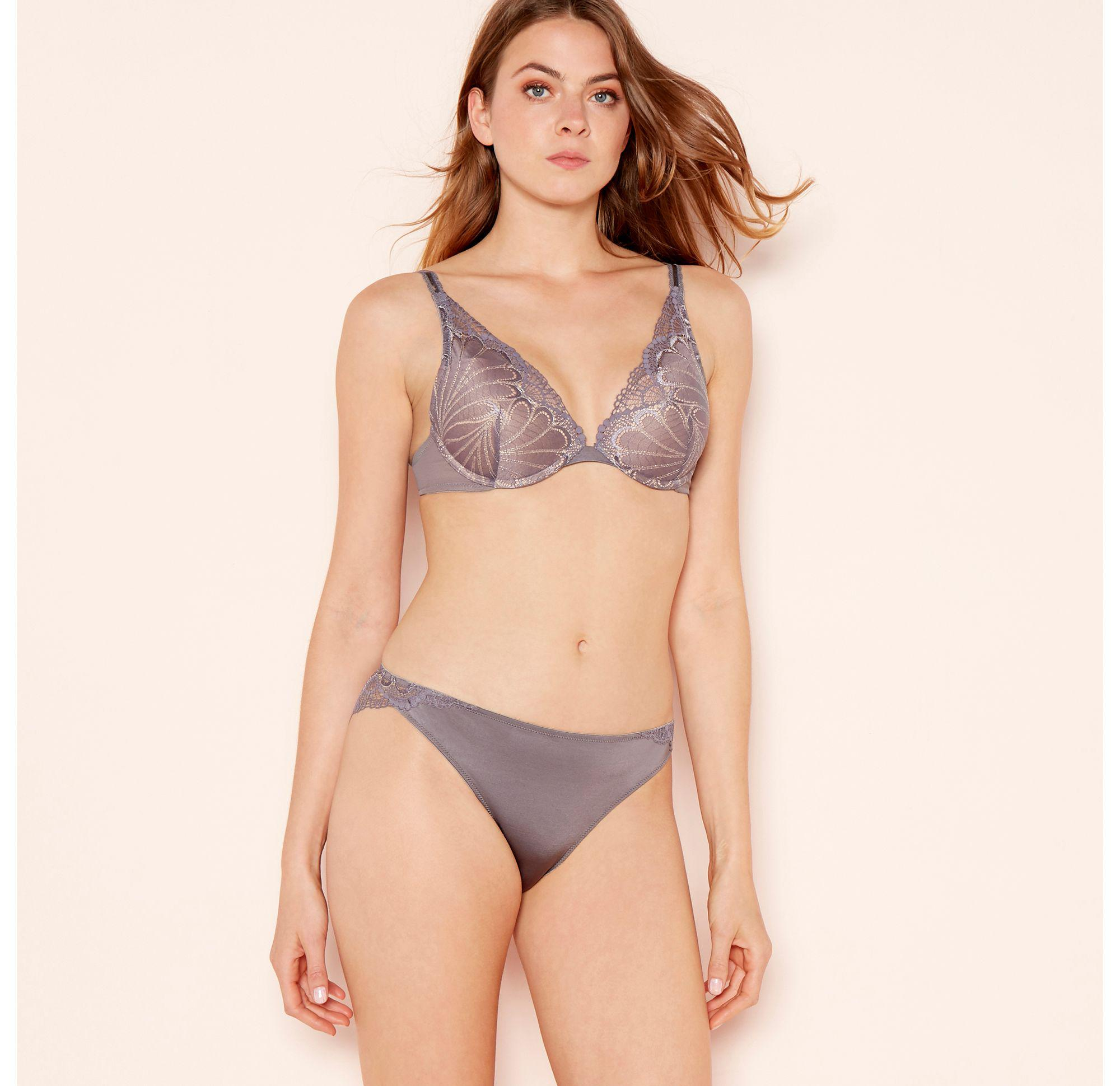 fef92d5ab9 Wonderbra Silver Lace  refined Glamour  Underwired Padded Push-up ...