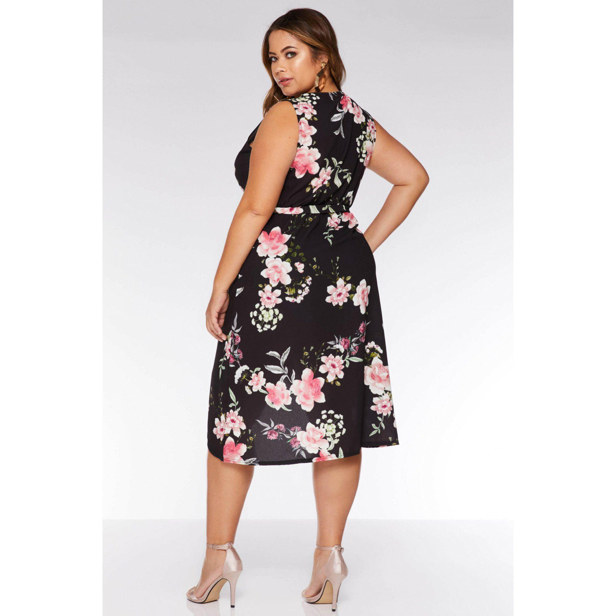 a9a03ff562 Quiz - Curve Crepe Black Floral Wrap Dress - Lyst. View fullscreen