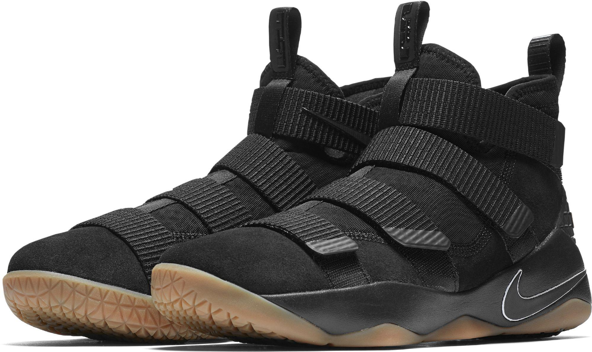 d3b20c0d4cf2 Nike Zoom Lebron Soldier Xi Basketball Shoes in Black for Men - Lyst