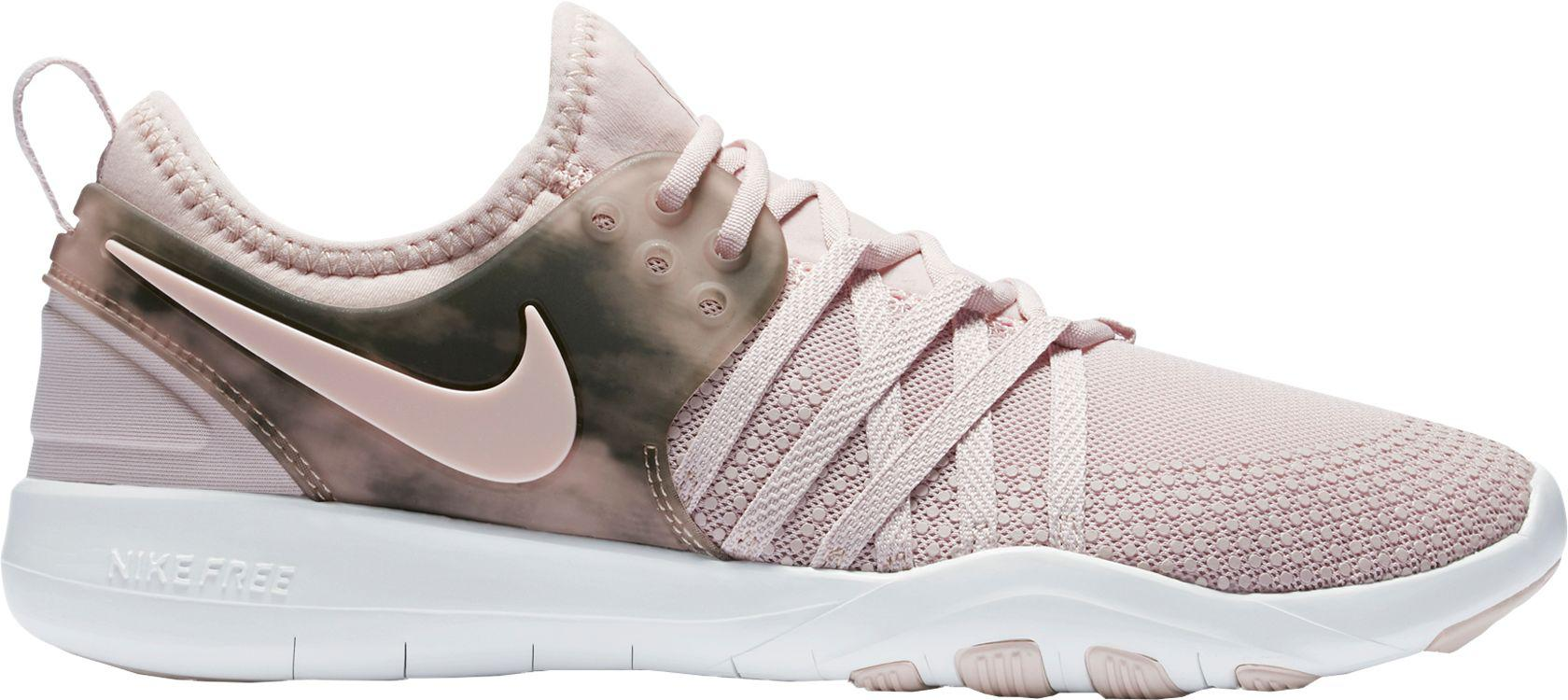 Nike Free Tr 7 Métalliques Bas-tops & Chaussures TaaqrupqS