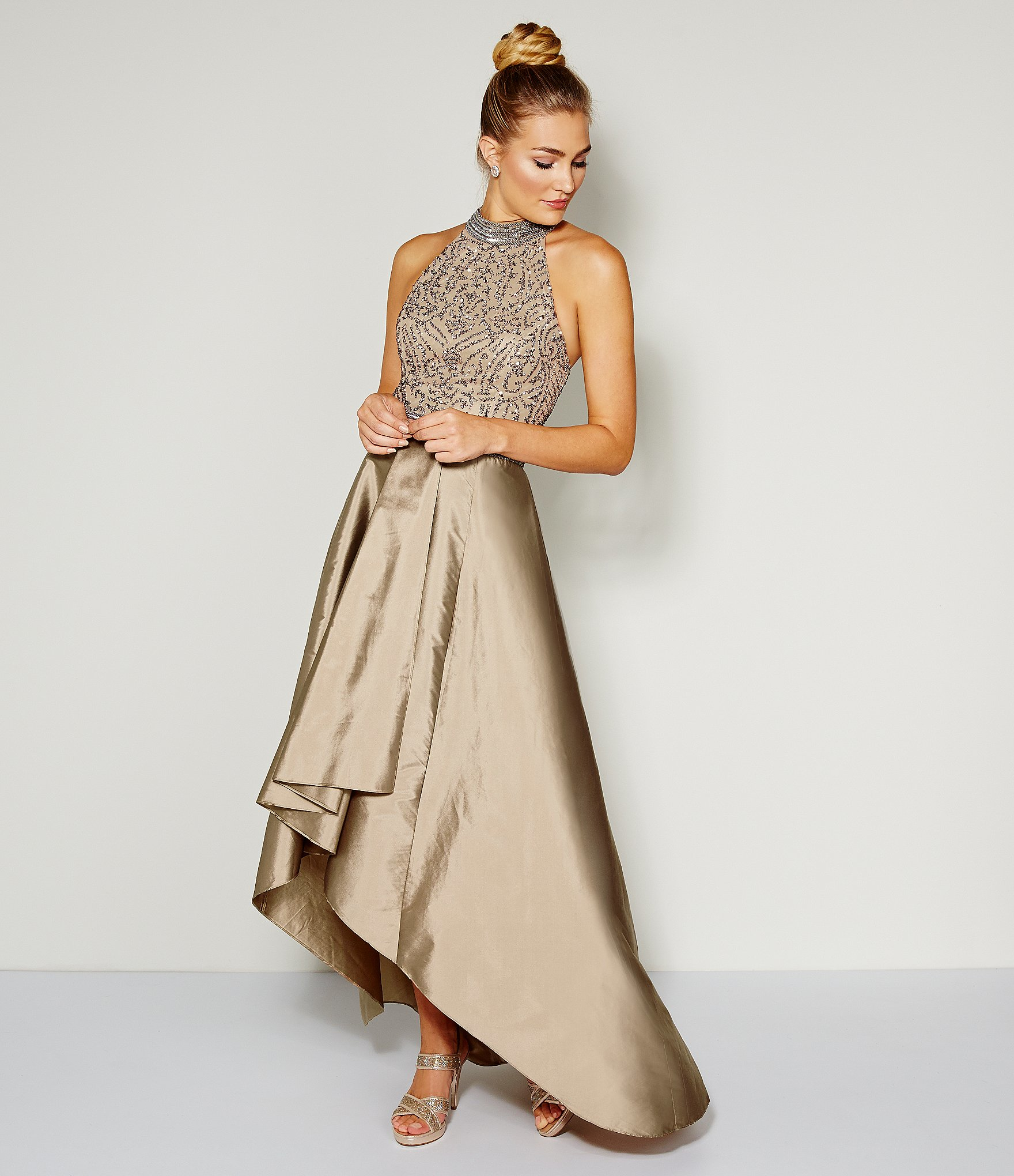 79880f4c7a7 Adrianna Papell Beaded Halter Hi-low Gown in Metallic - Lyst