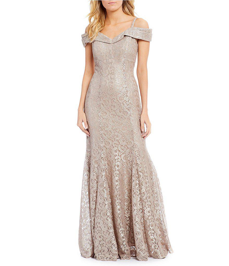 Lyst - R & M Richards Petite Off-the-shoulder Sweetheart Lace Gown ...