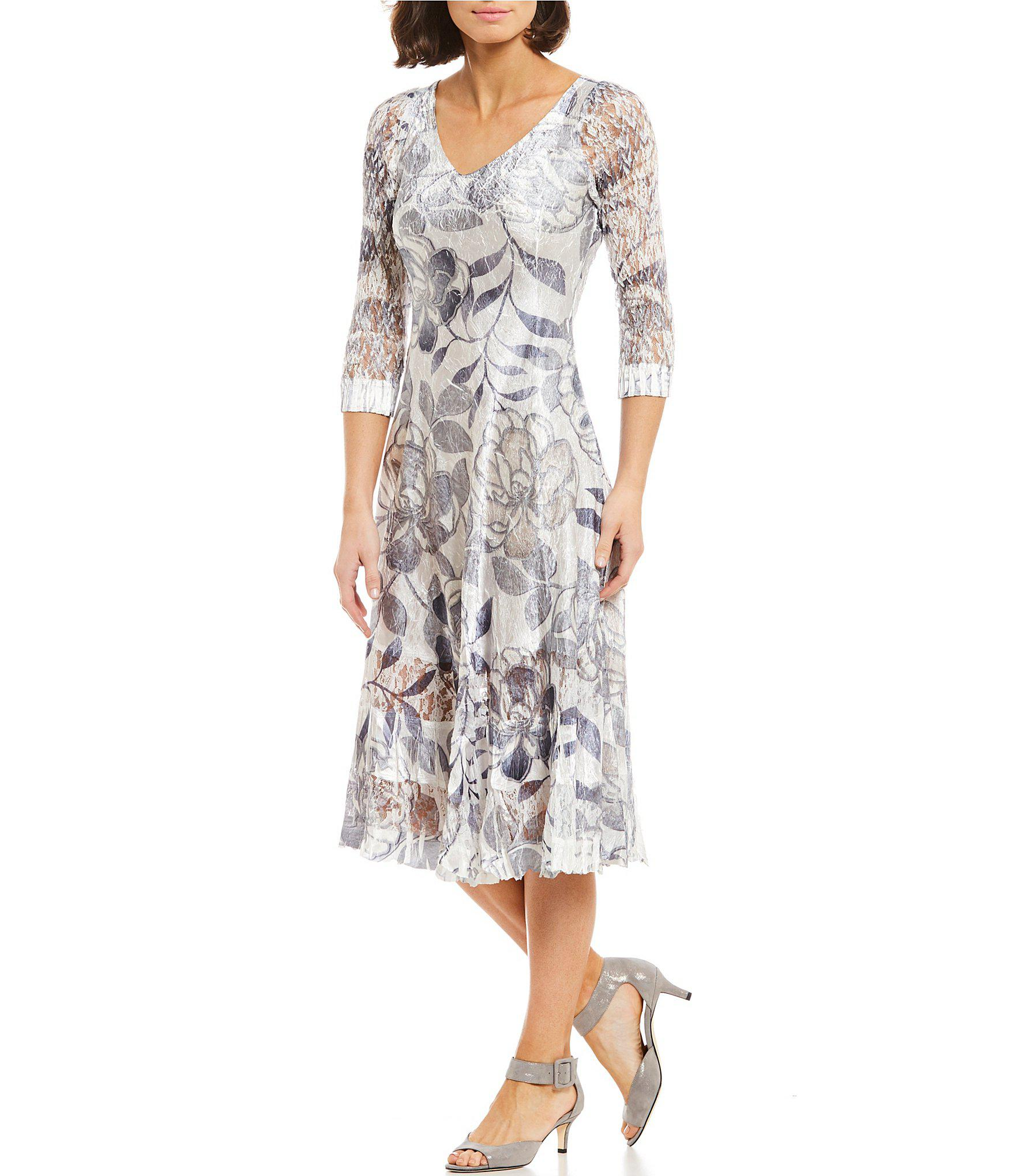 12834255f5 Lyst - Komarov V-neck Floral Print Midi Dress