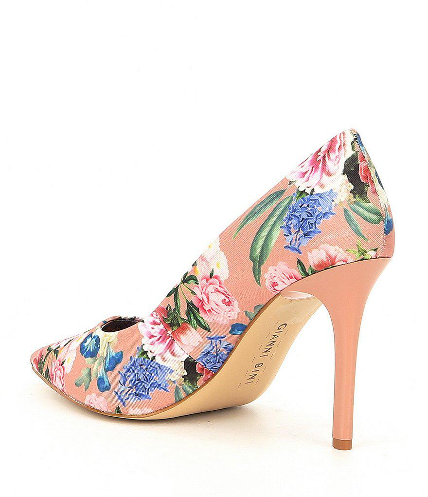 Gianni Bini Jilley Floral Pumps qwJO5lr2Y