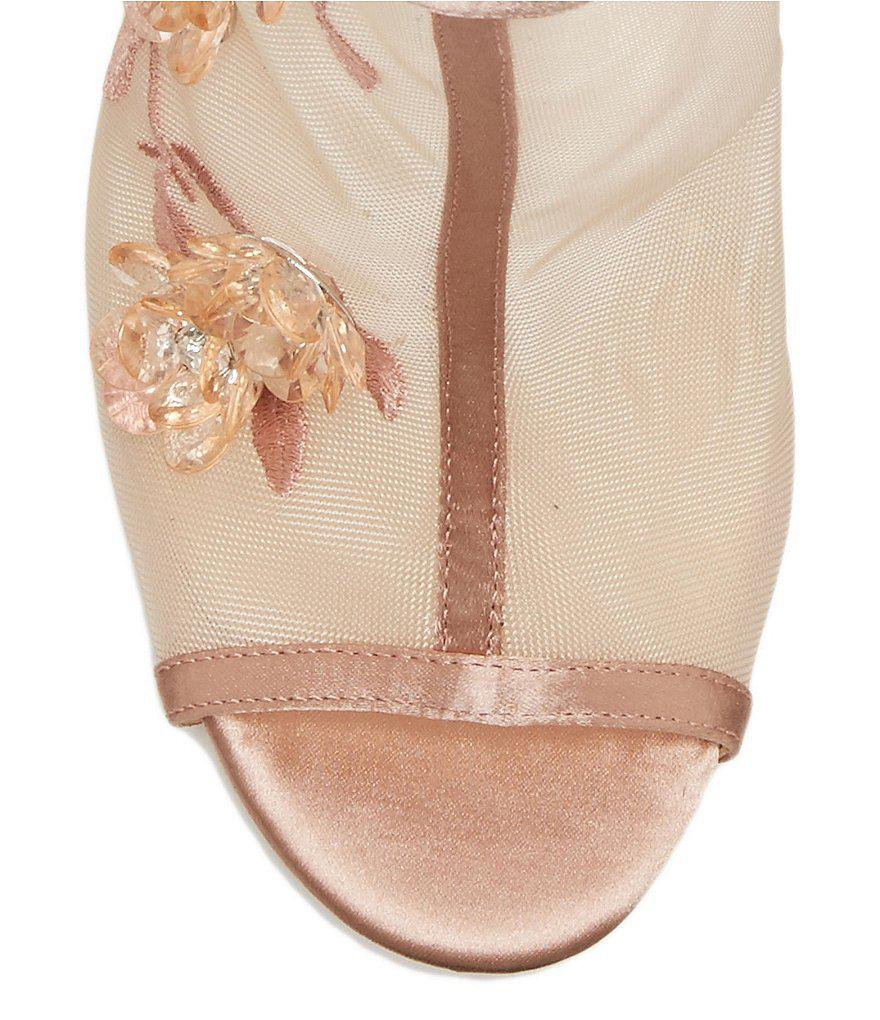 Jessica Simpson Pedell Floral Embroidery Arylic Flowers and Gems Peep-Toe Shooties 5ShF3lY1TL