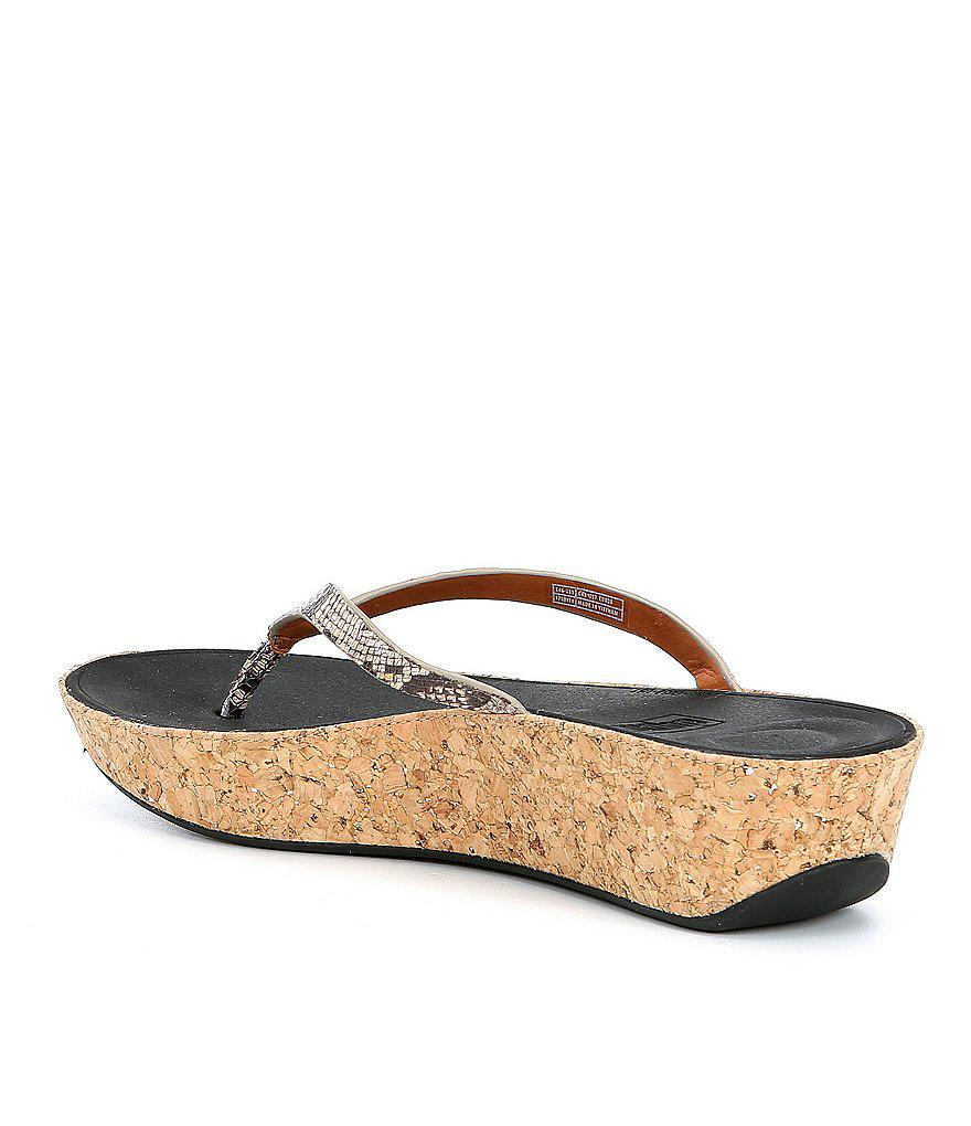 FitFlop Linny Snake Print Thong Wedge Sandals KvAwte3i