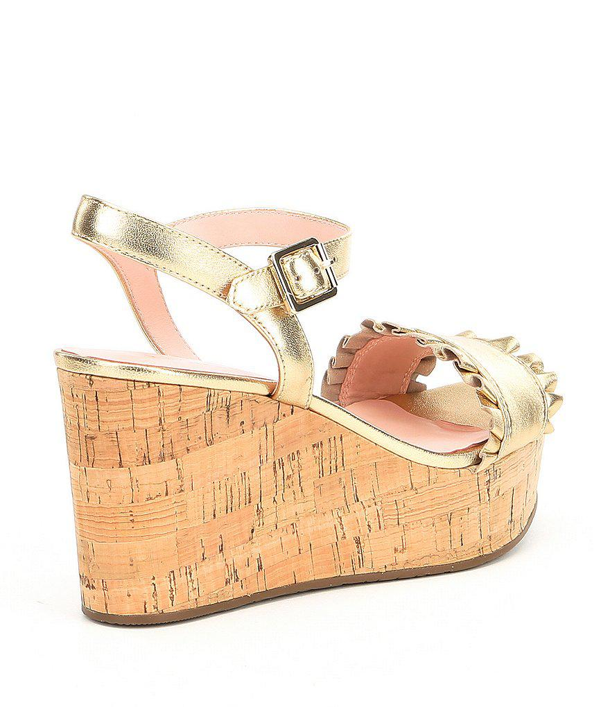 c8a0ab71ae8 Lyst - Kate Spade Tomas Leather Ruffle Detail Wedge Sandals in Metallic