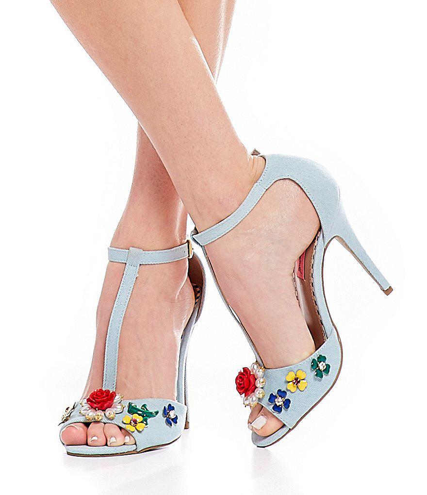 Betsey Johnson Lenox Denim T-Strap Flower Ornament Dress Sandals 592LPUmn