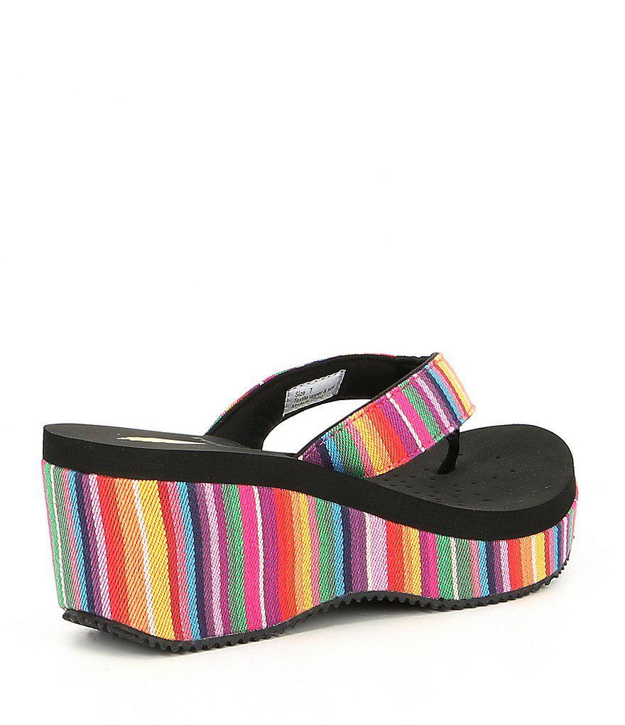 Beloved Serpe Stripe Wedge Sandals nIZN5Jov