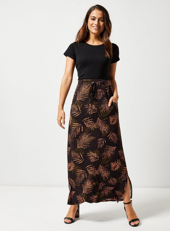 42c79fb6faa Lyst - Dorothy Perkins Petite Black Tropical Print Maxi Skirt in Black