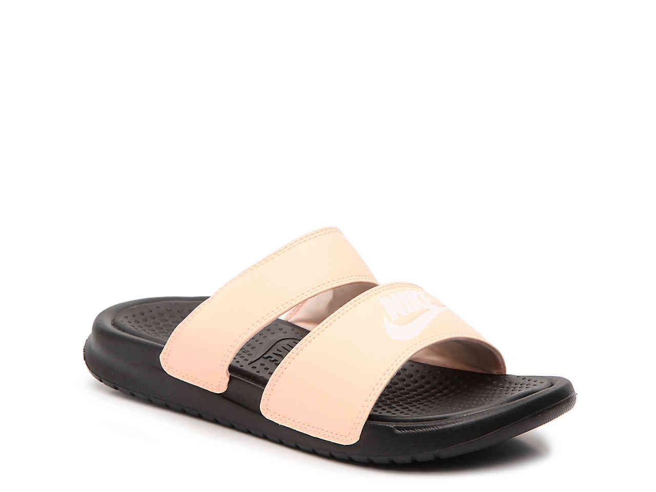 Nike Sportswear BENASSI DUO ULTRA SLIDE - Mules - black/guava ice rFcAjU