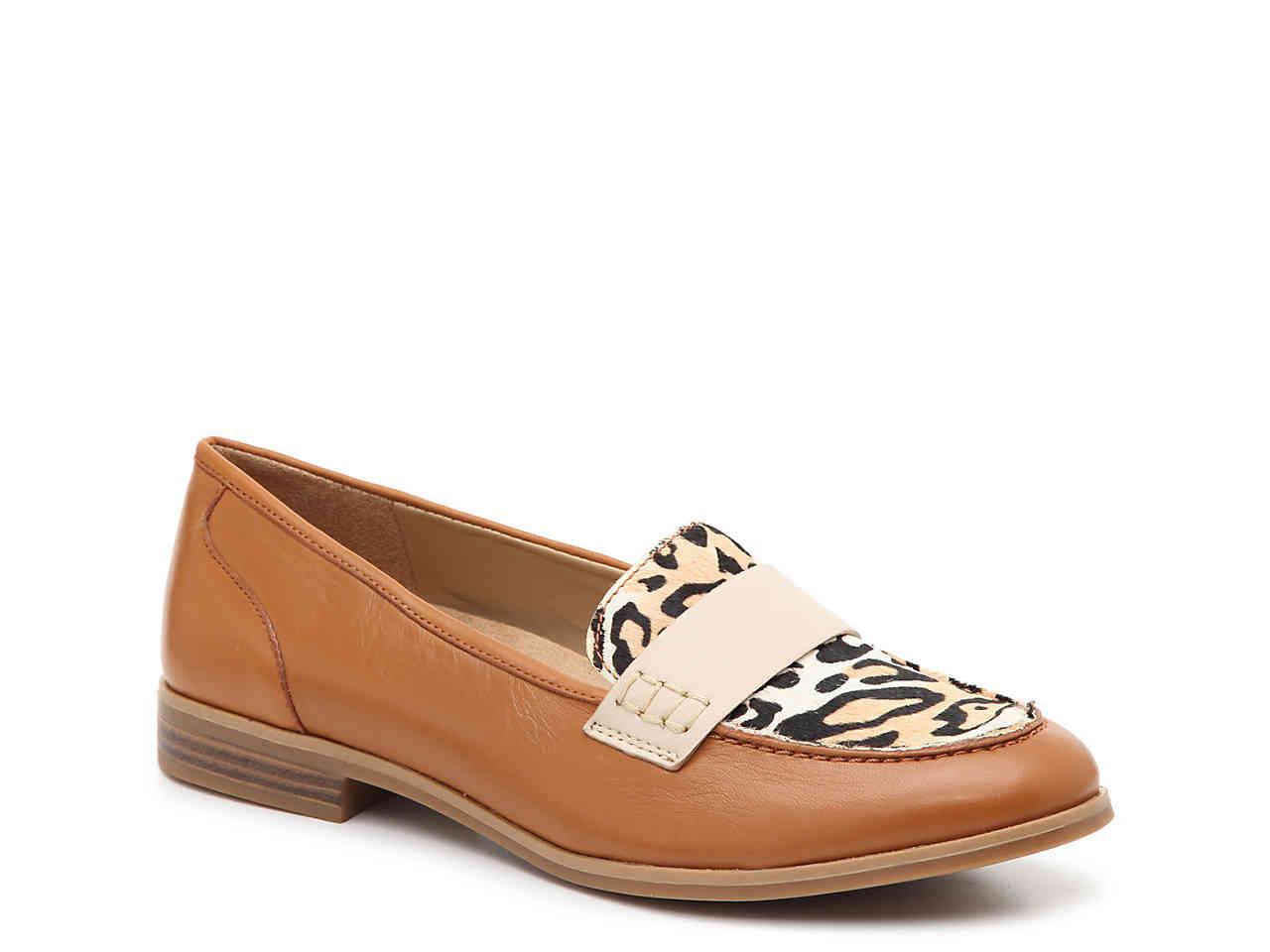d7d124c5a2c Lyst - Naturalizer Veronica Loafer in Brown