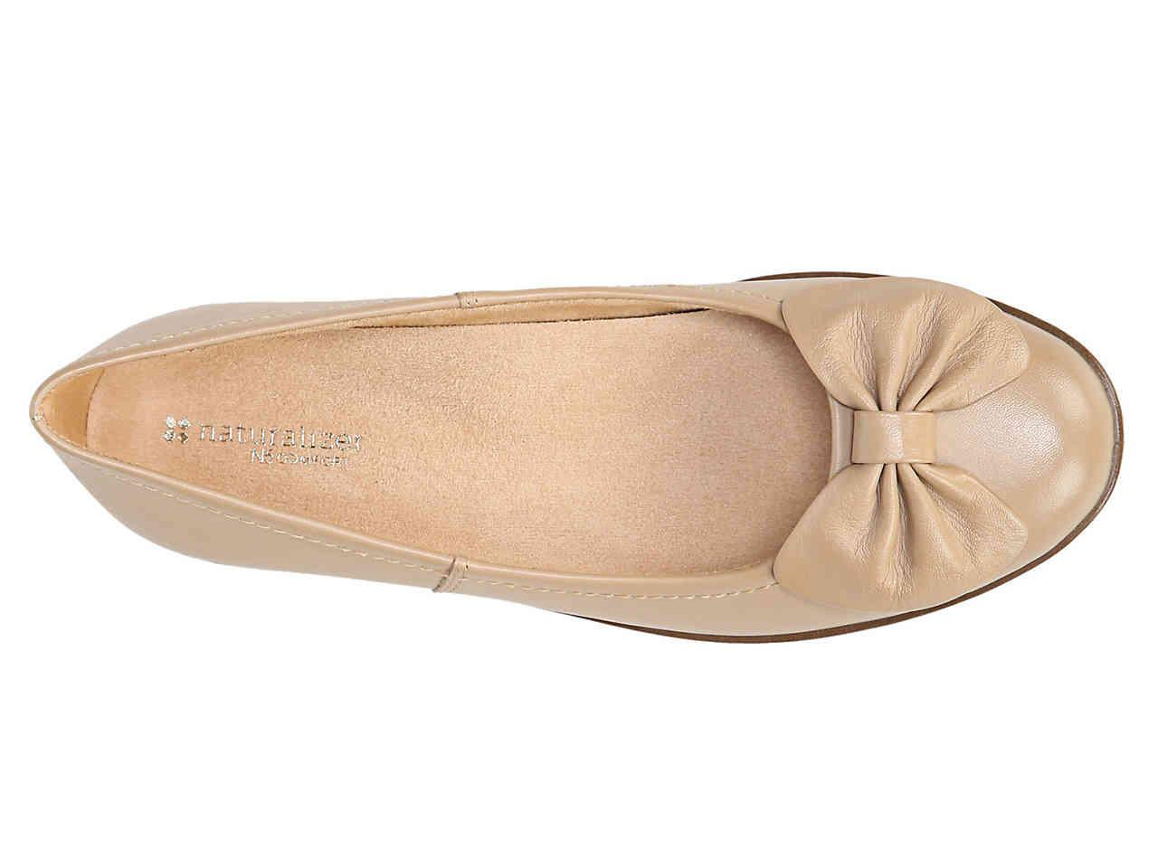 7ad3853927 Lyst - Naturalizer Fresno Ballet Flat in Natural