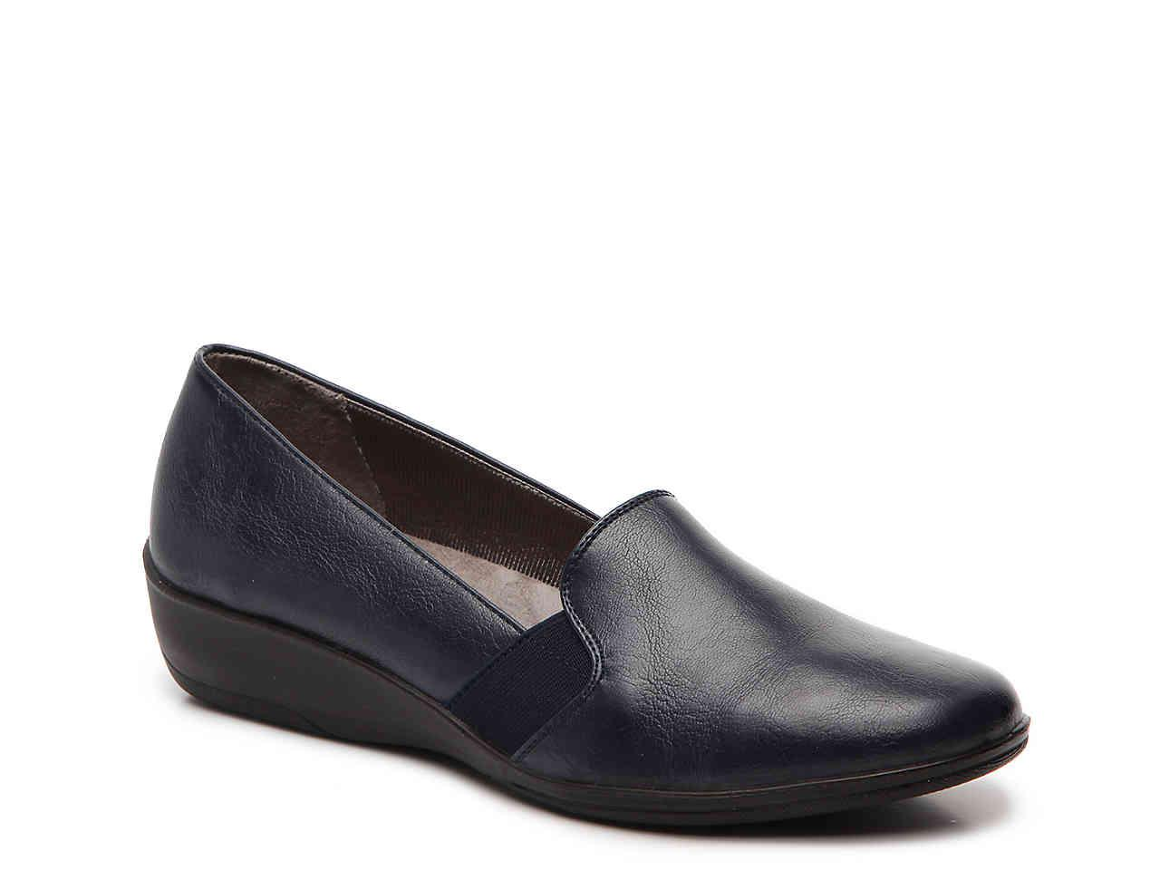 ab2cb4aa44c Lyst - LifeStride Isabelle Wedge Slip-on in Blue