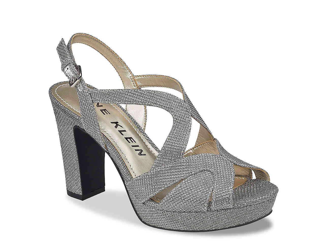 18e4d2e4a2f Lyst - Anne Klein Petria Platform Sandal in Metallic