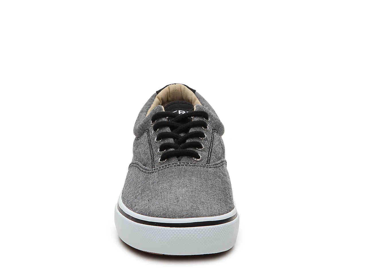 4cb1e8b5e822f3 ... Gray Halyard Sneaker for Men - Lyst. View fullscreen