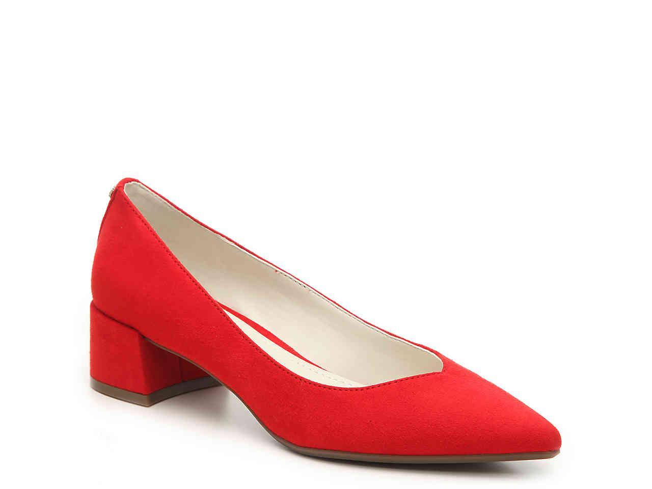 eed9cb89c0a1 Lyst - Anne Klein Nabi Pump in Red