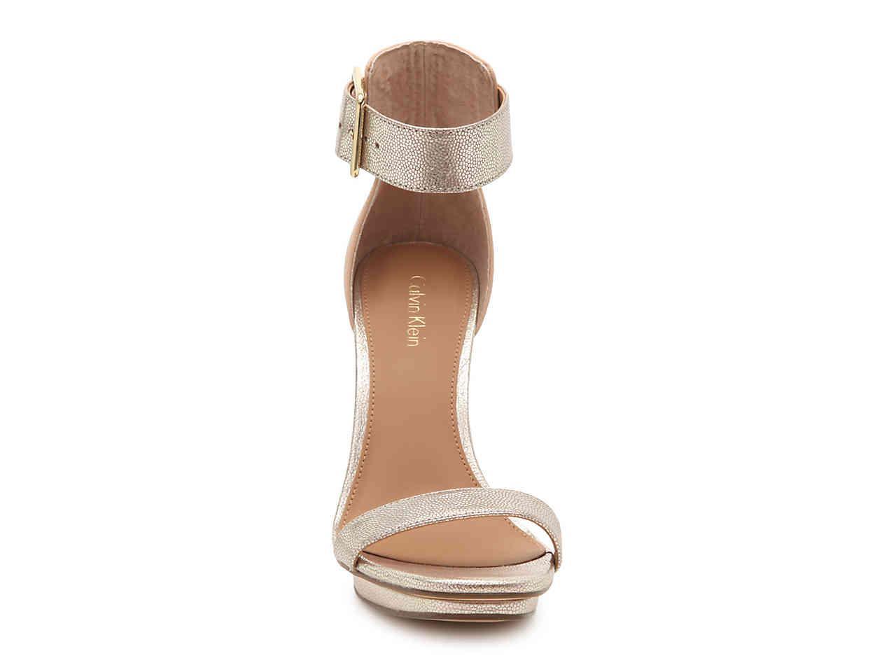 29d21949b39 Lyst - Calvin Klein Vable Platform Sandal in Metallic