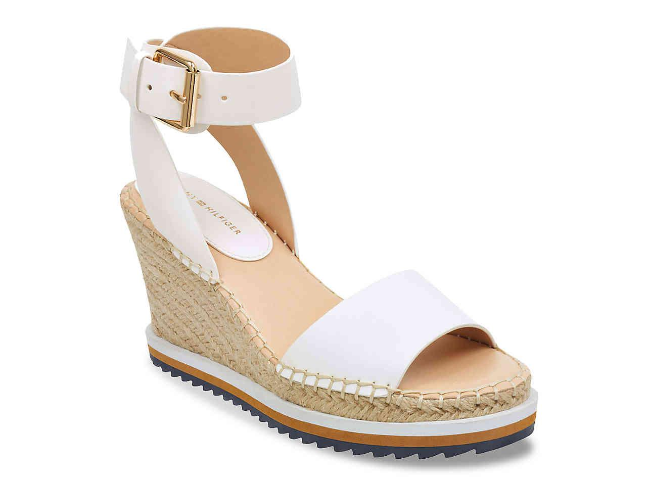 2f8de574618 Lyst - Tommy Hilfiger Yaslin 3 Wedge Sandal in White