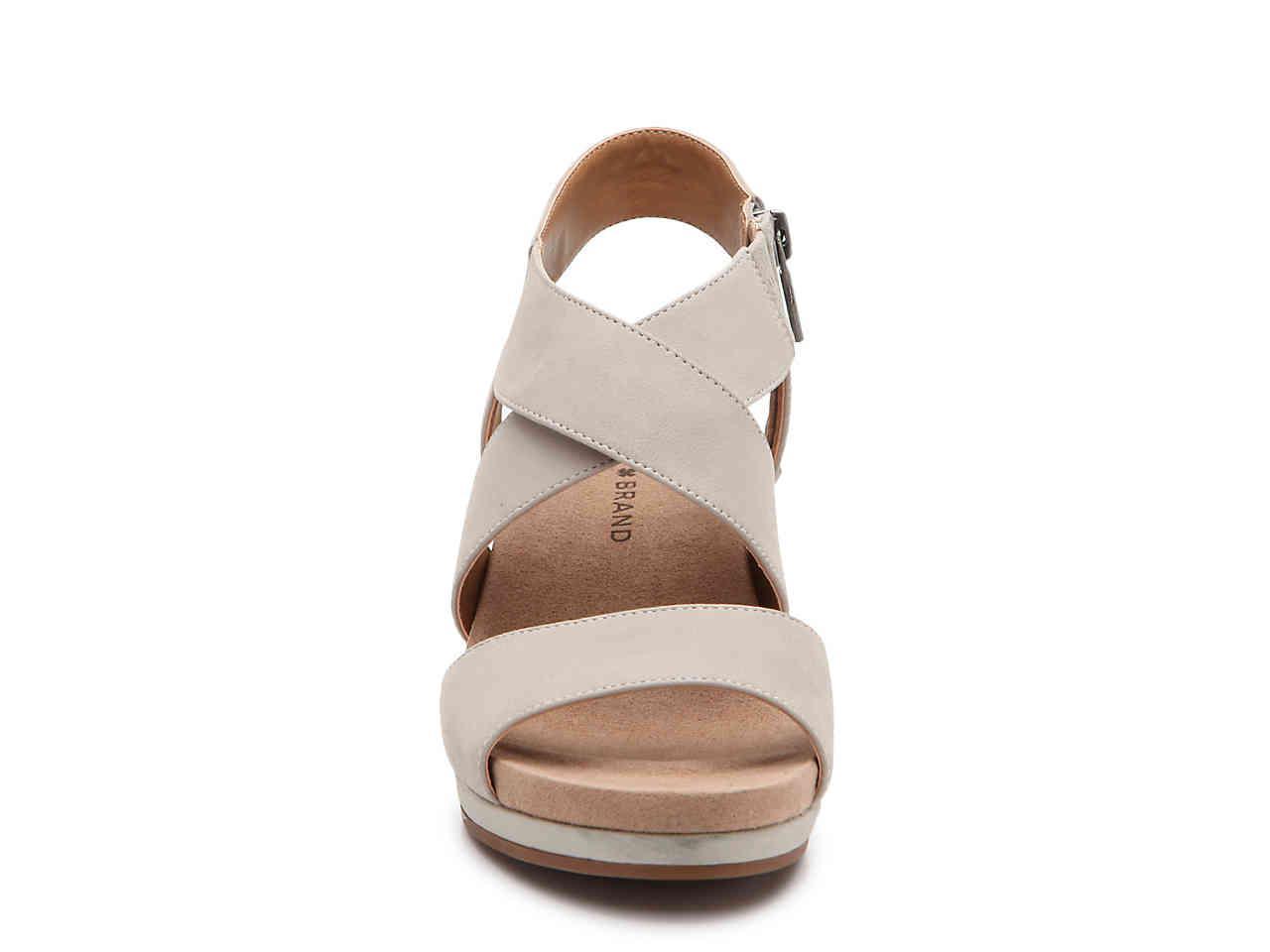 81ad5ccfb0 Lucky Brand Kakina Wedge Sandal in Gray - Lyst