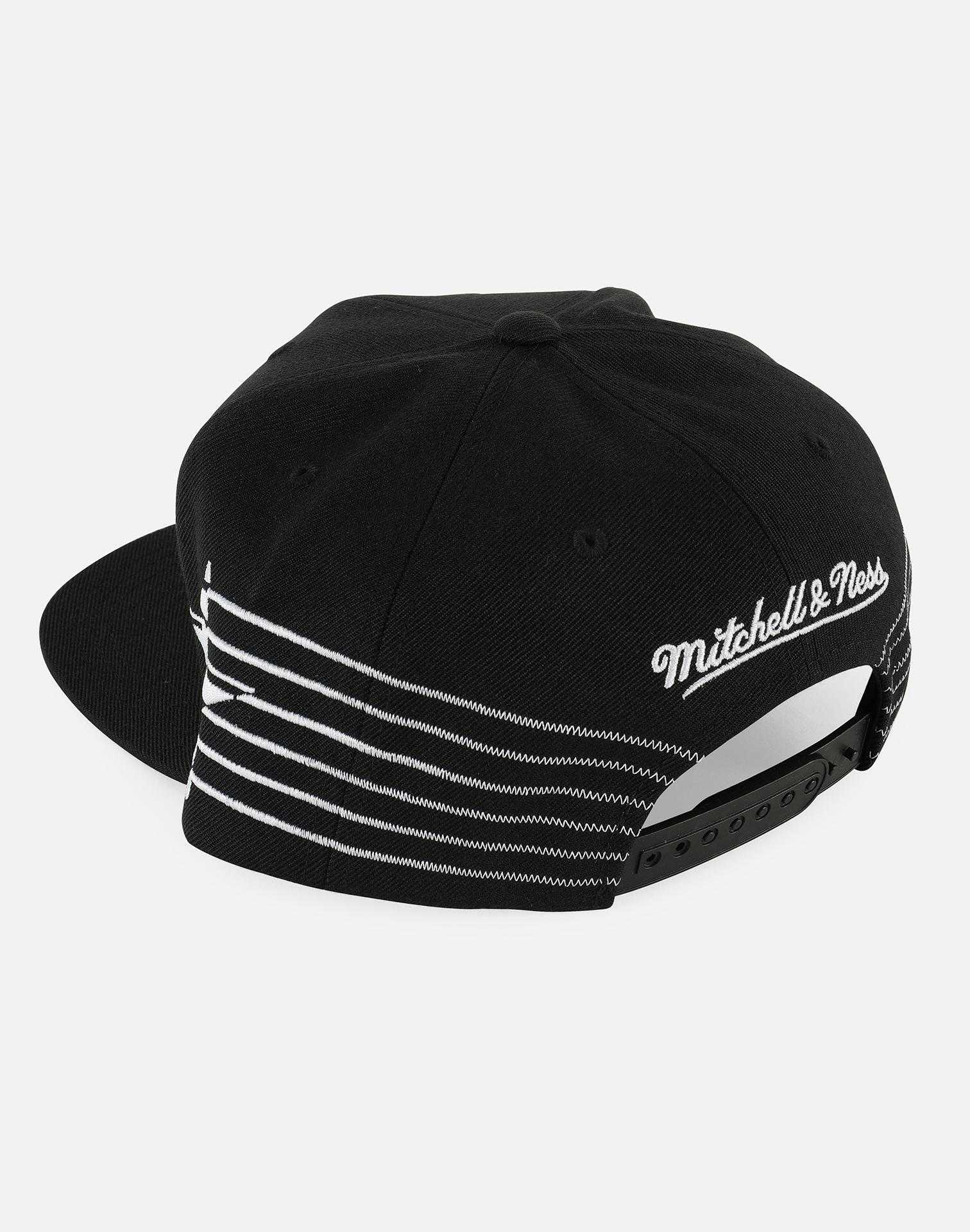 Lyst - Mitchell   Ness Nba Atlanta Hawks Racer Snapback Hat in Black ... 052ae4bc8e1f