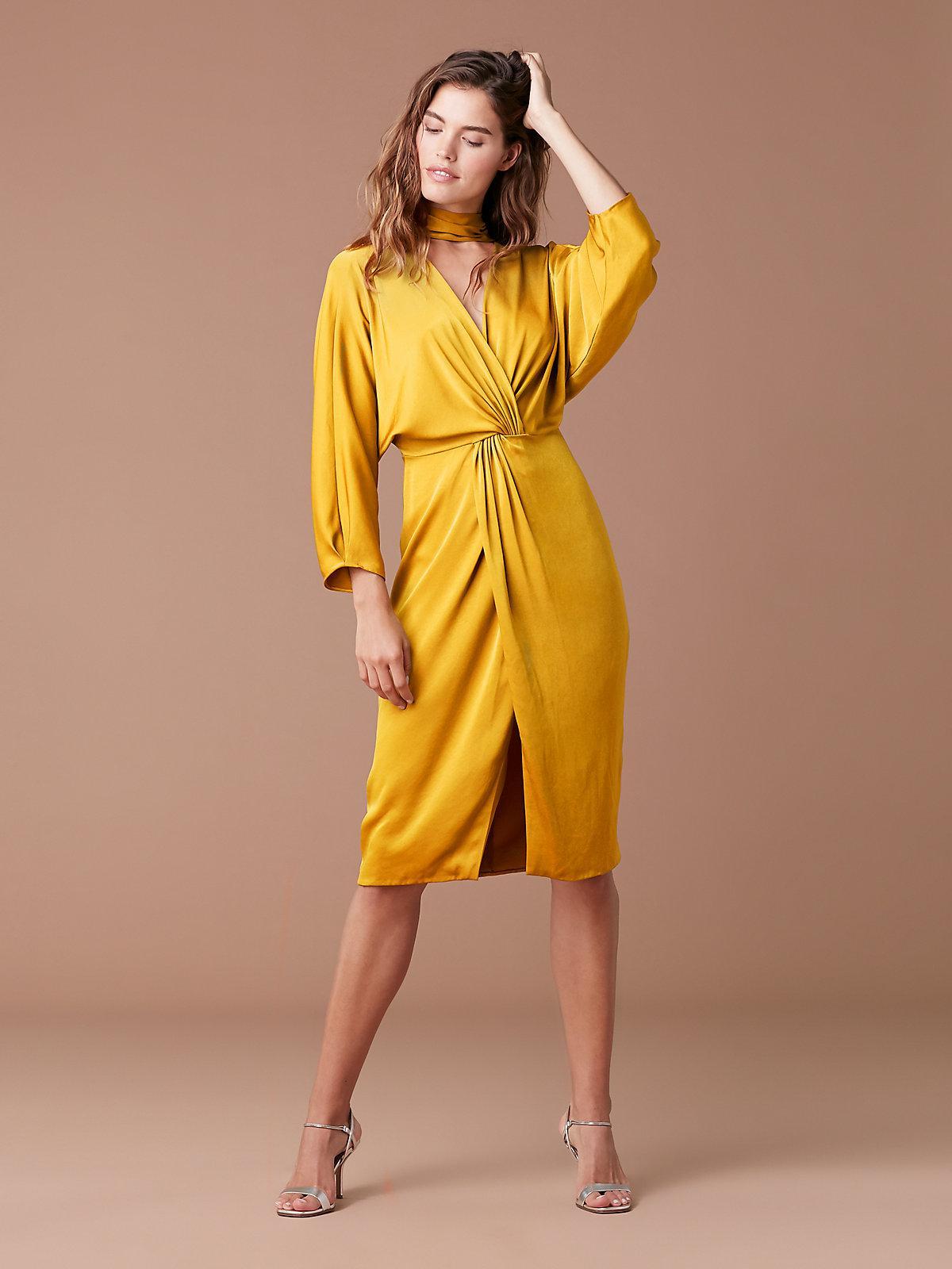 fba168cdc4f8 Diane von Furstenberg Front Twist Dress in Yellow - Lyst