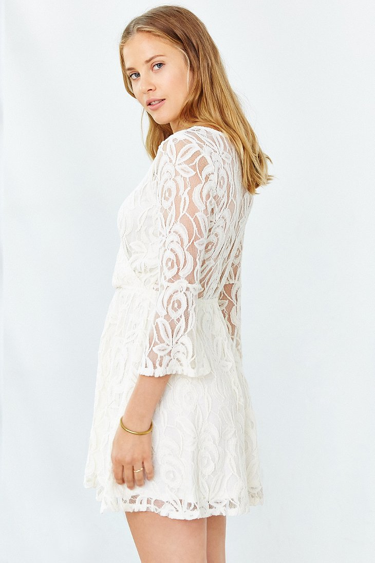 Lyst Kimchi Blue Lace Surplice Front Dress In White
