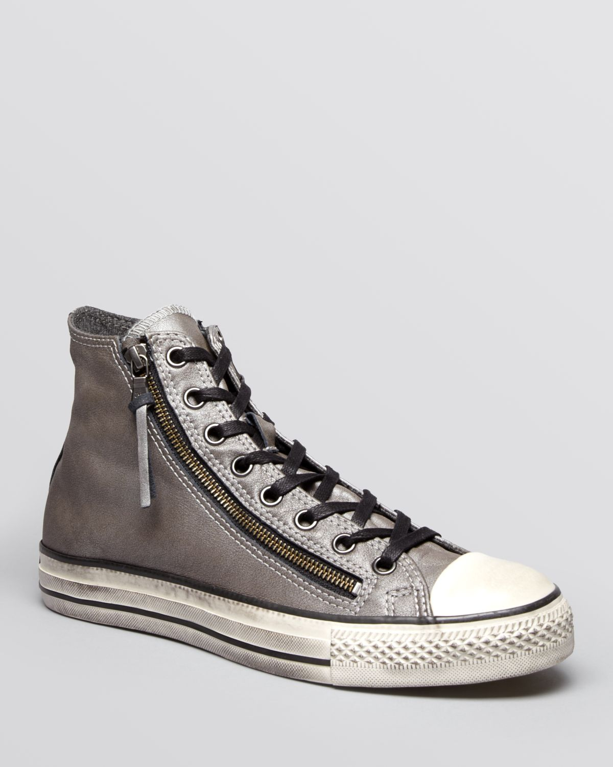 5e326f011534 Gallery. Previously sold at  Bloomingdale s · Men s John Varvatos Converse  ...