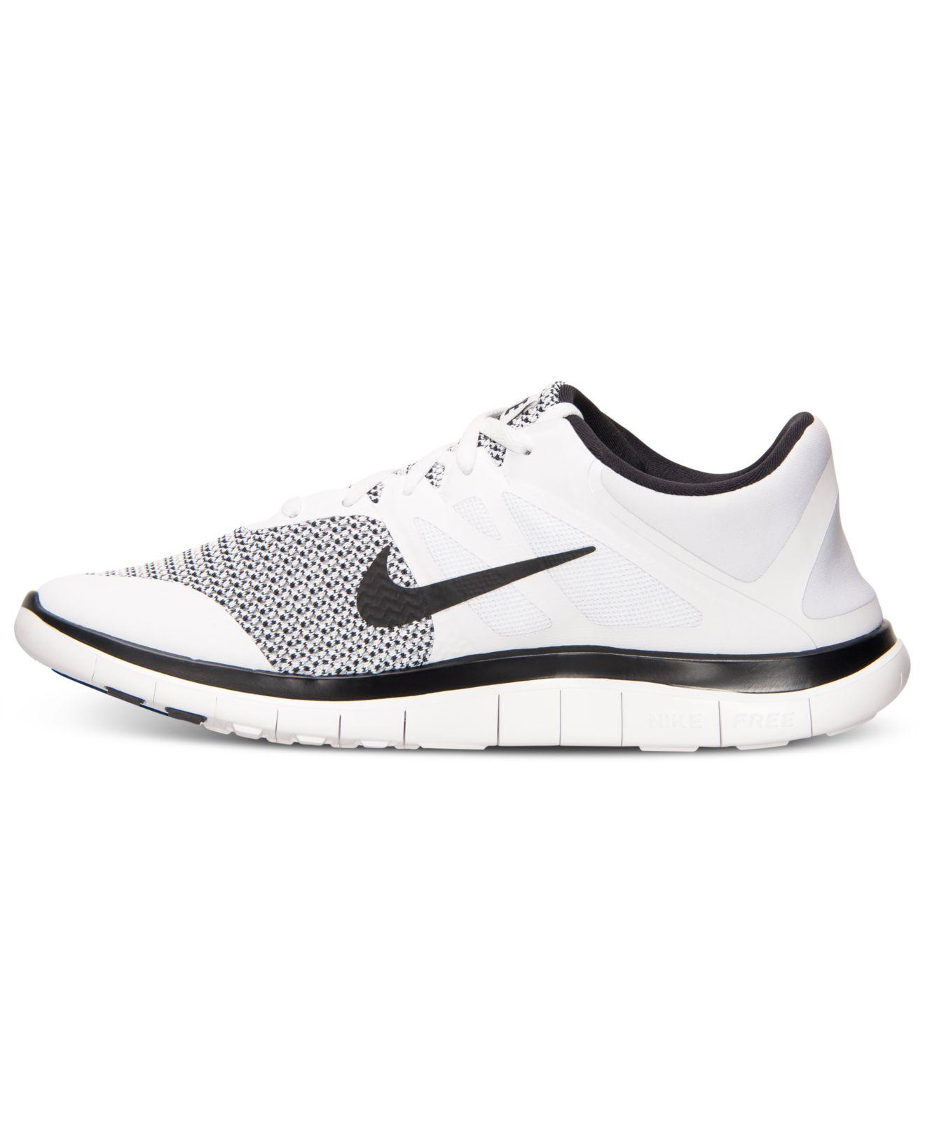 Nike Ligne Darrivée Libre V4