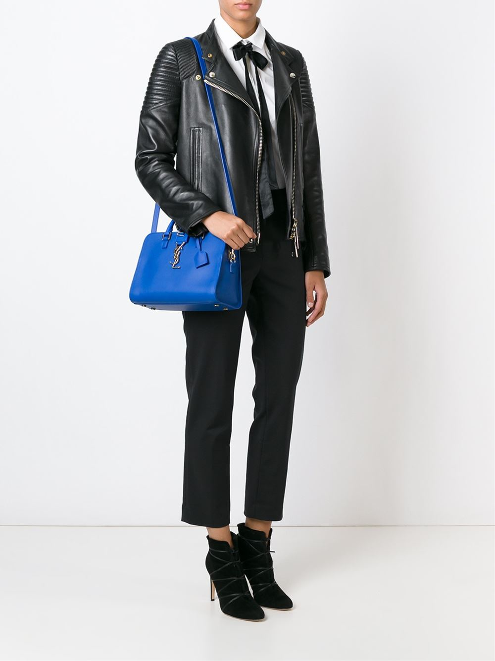 0106b911451a Gallery. Previously sold at  Farfetch · Women s Saint Laurent Cabas ...