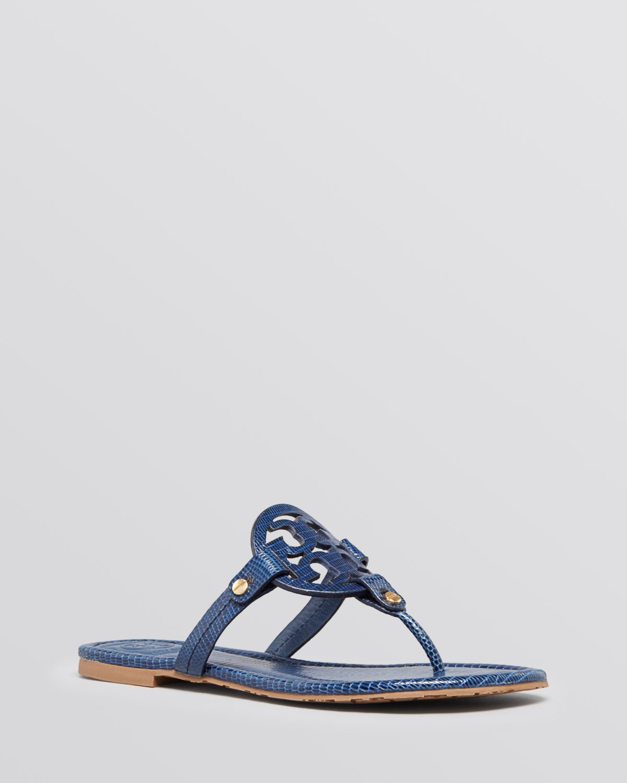 Lyst Tory Burch Logo Thong Sandals Miller In Blue