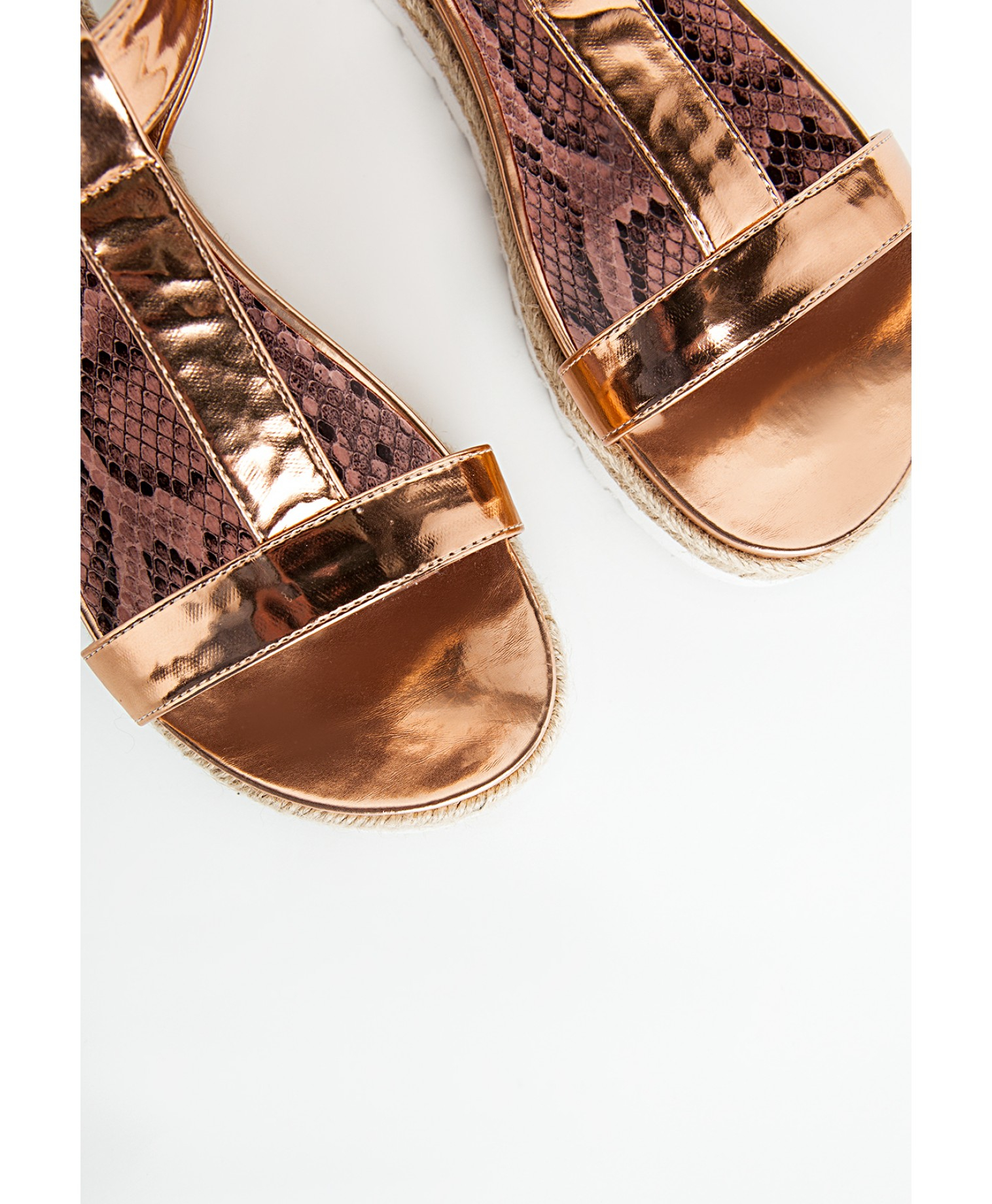 74eed44e93c1 Lyst - Missguided T Bar Sandal Rose Gold in Metallic