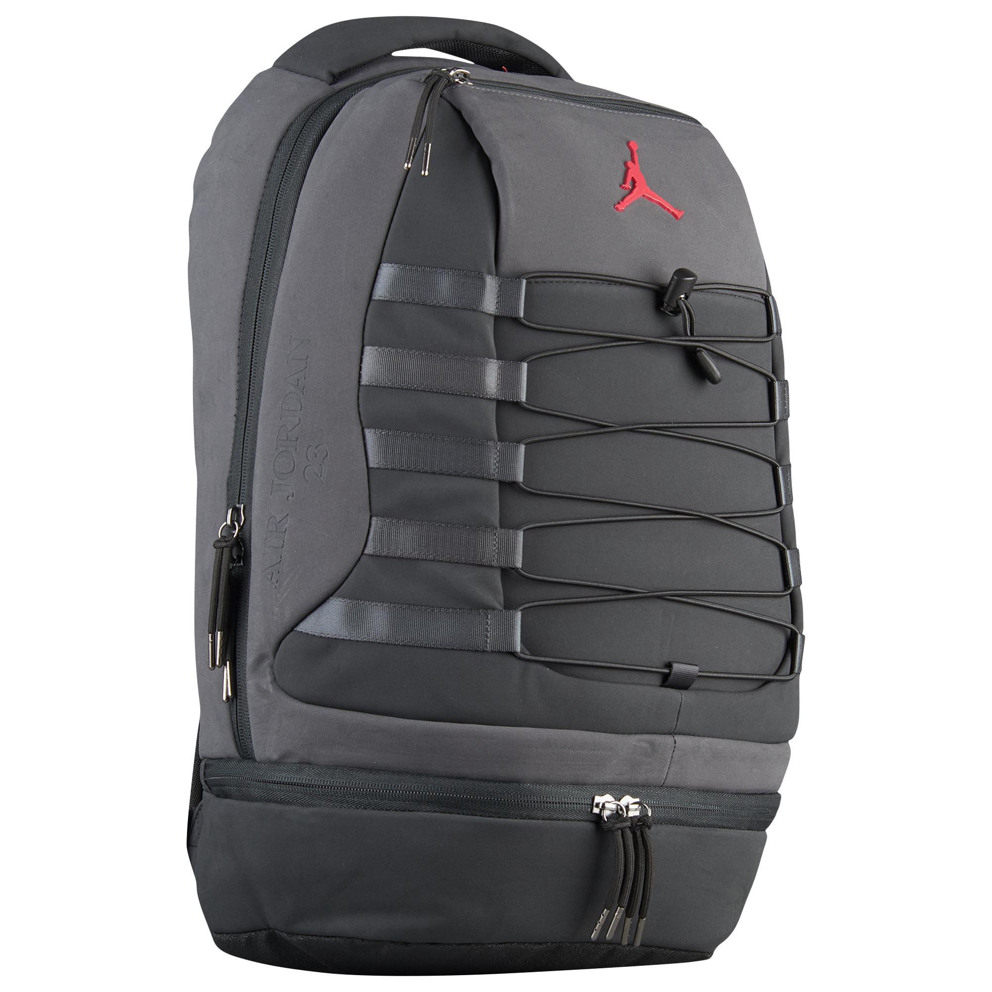 b25c3987007 Nike Retro 10 Backpack in Black for Men - Lyst